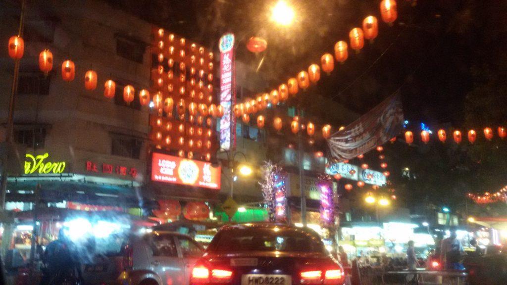 suasana Bukit Bintang di malam hari. makin malem makin rame...