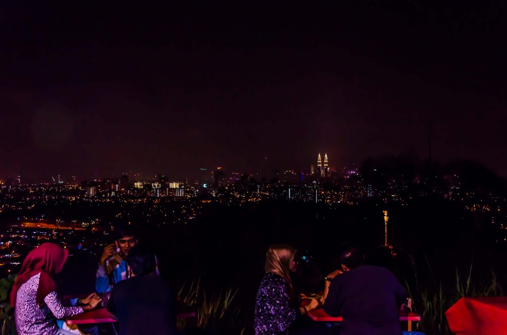 view KL dari atas bukit :)