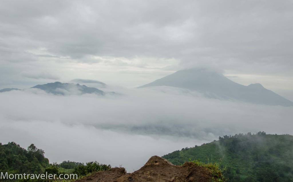 sayang ketutupan kabut pemandangannya :(