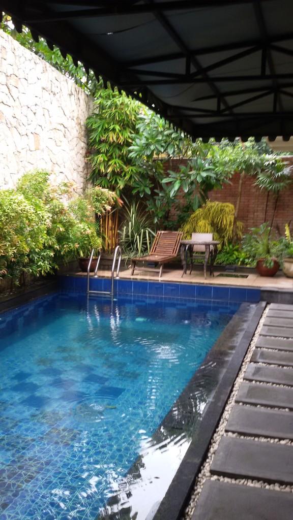 fasilitas kolam renang indoor ini harus banget dimanfaatkan