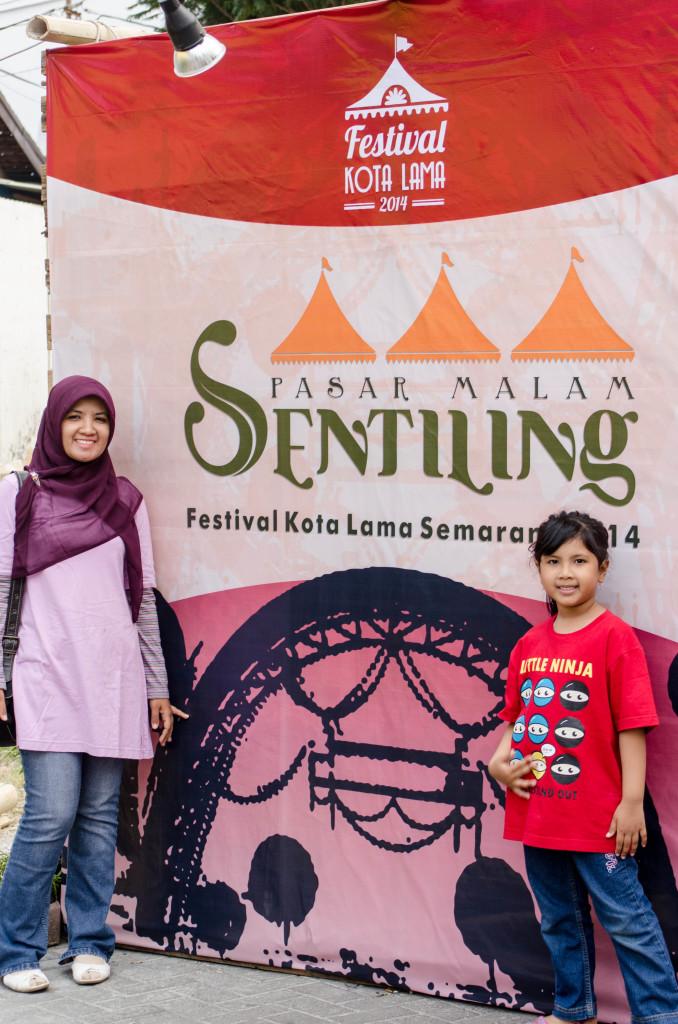 festival sentiling, diadakan di semarang 2014 lalu untuk mengenang 100 tahun festival Tentoosteling