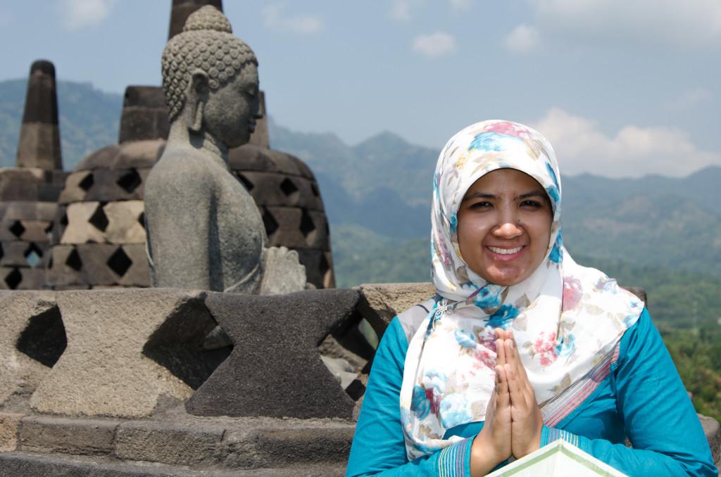Borobudur ... cuma ada di Indonesia kan :)
