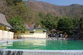 berendam disini enyaak banget kho :)