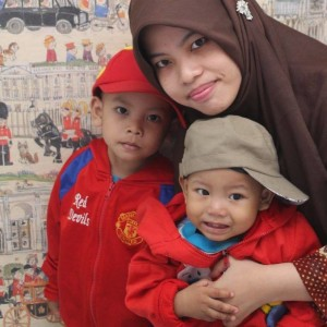 Ernawati Lilys and her sons