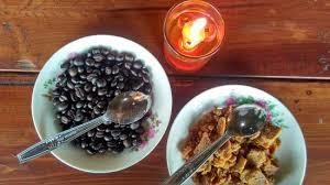 makan kopi di Mesastila