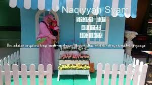 header blog mbak Naqi so cute ya :)