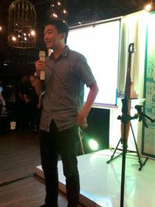 Bp. Amin Laurent menjelaskan tentang aplikasi sakuku BCA foto by: Ika Puspita