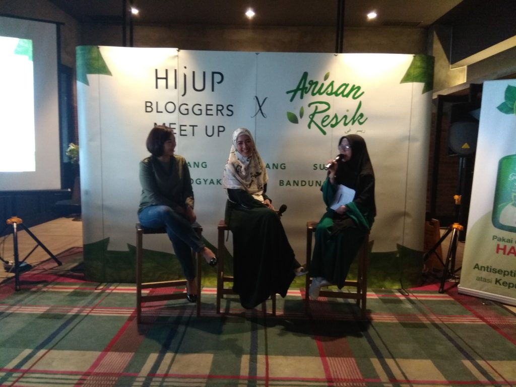 Hijup blogger meet up semarang