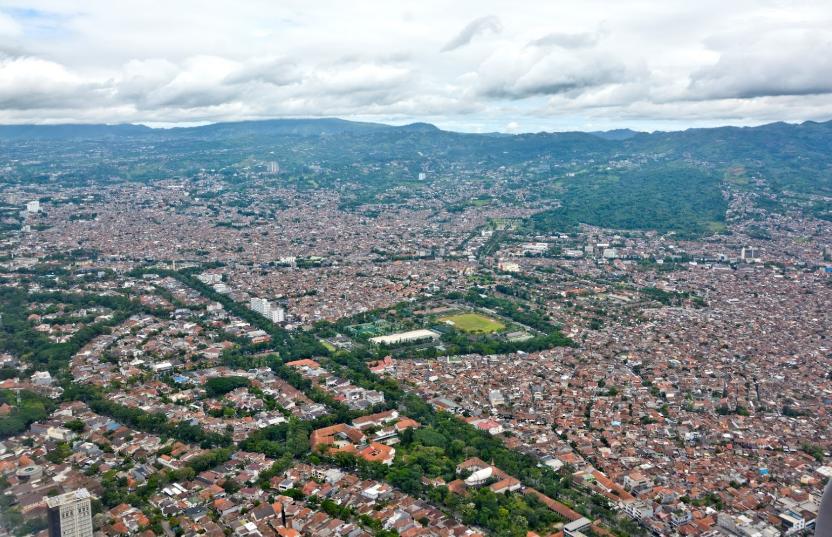 mau coba investasi properti? Beli rumah di Bandung aja
