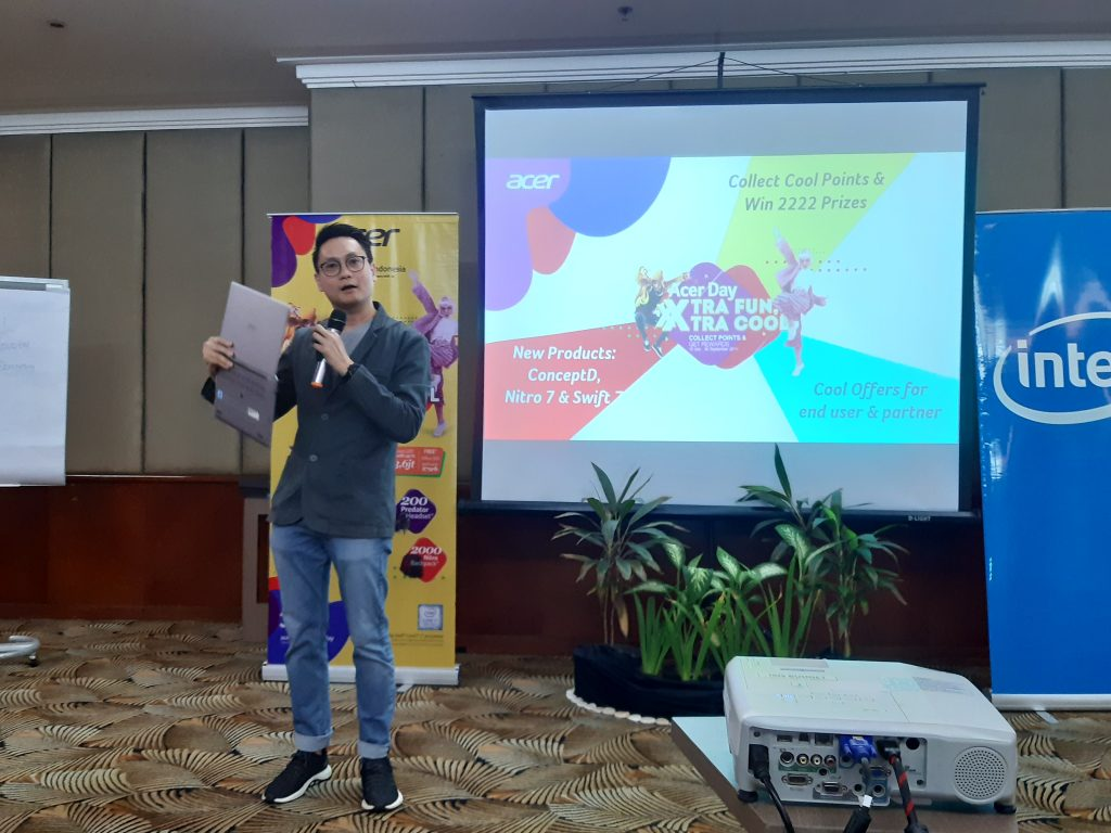 Nino Wirawan, Consumers Sales General Manager Acer Indonesia