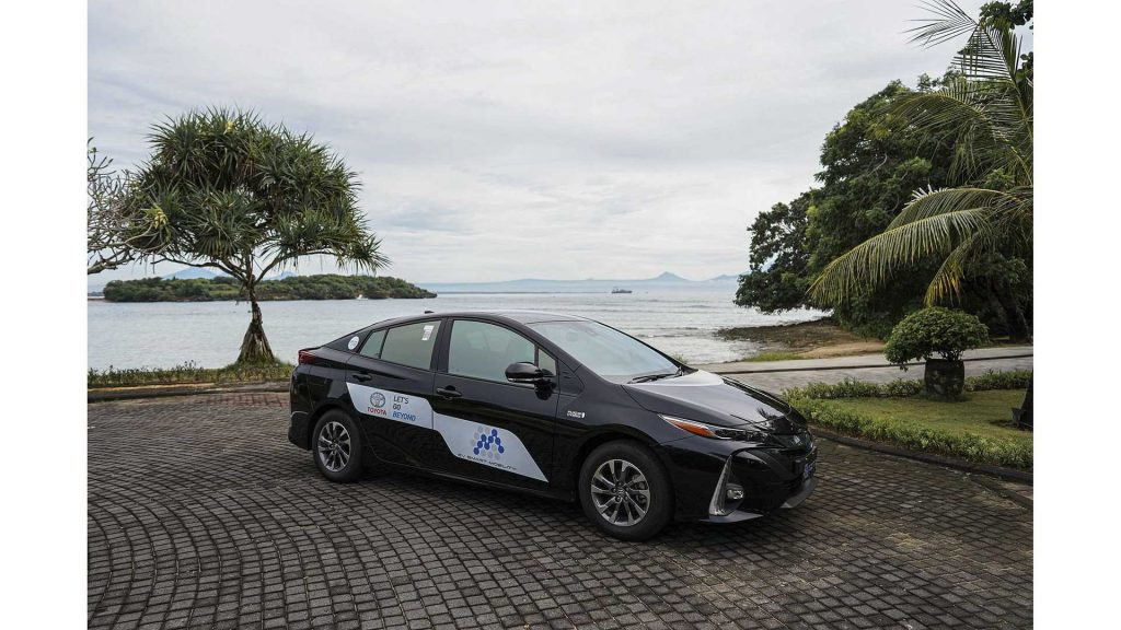 electric vehicle by TRAC To Go